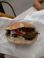 Fill a Pita falafel
