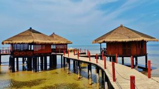 Loola adventure resort sea